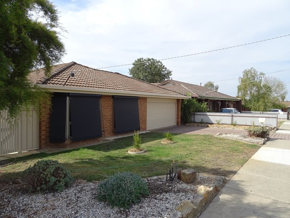 Picture of 2 Topaz Court, Wodonga