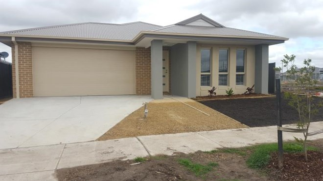 Picture of 11 Hinter Way, Roxburgh Park