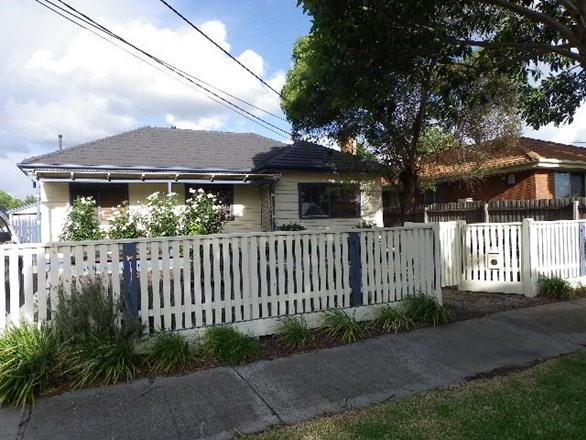 Picture of 14 Hanley Street, Avondale Heights