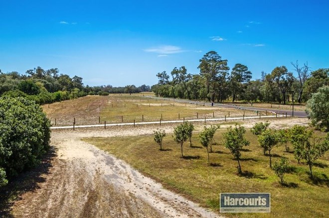 Picture of Lot 512 Farmhouse Court, Bovell
