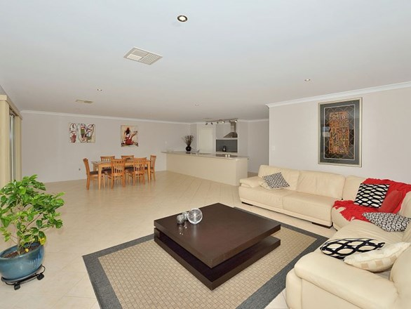 Picture of 35 Tranquility Way, Halls Head