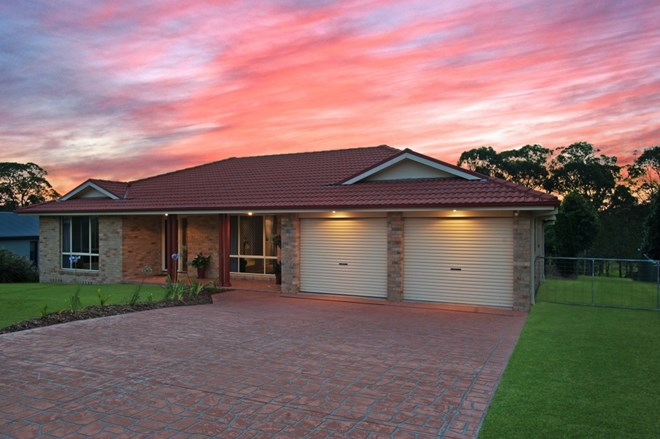Picture of 30 Amber Grove, Bolwarra Heights