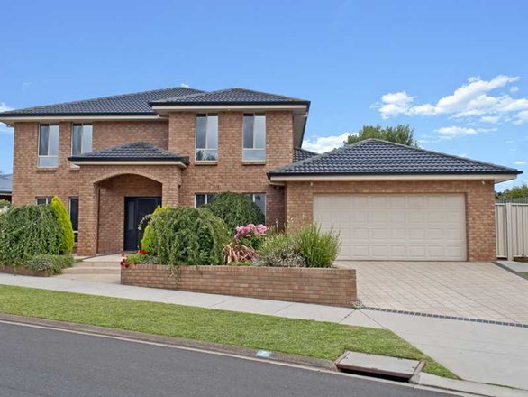 Picture of 2 Nairn Close, Warrnambool