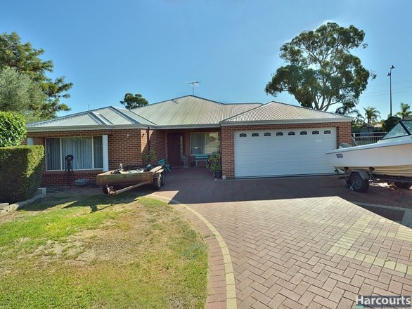 Picture of 11 Scrubbird Court, Greenfields
