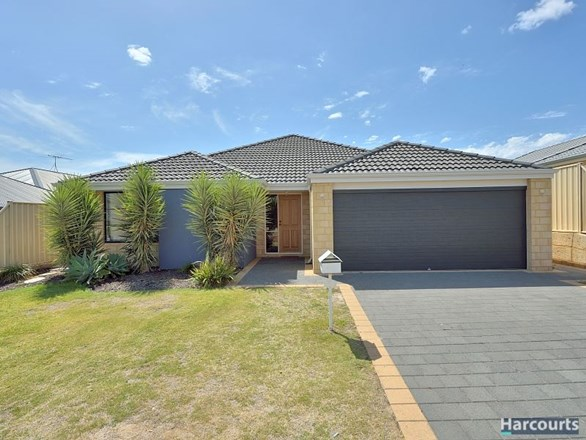 Picture of 43 Highcliffe Circle, Lakelands