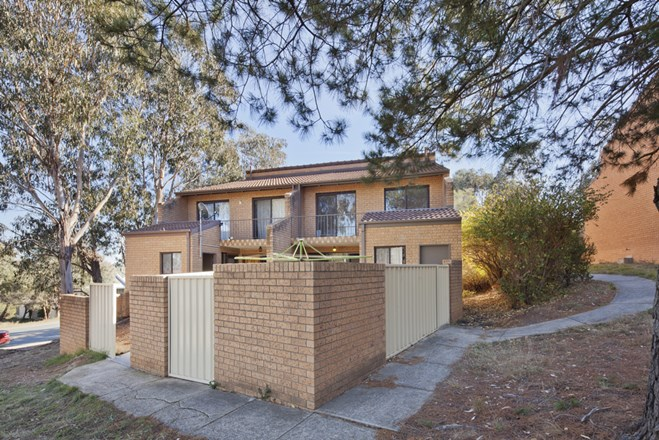 Picture of 4/8 Thurlow Place, Belconnen