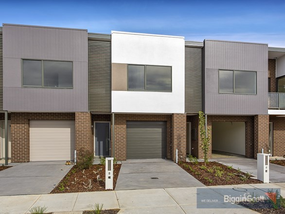 Picture of 8 Enclave Avenue, Ascot Vale