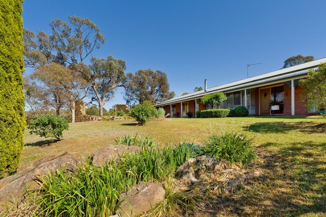 Picture of 21 Robertson Avenue, Castlemaine