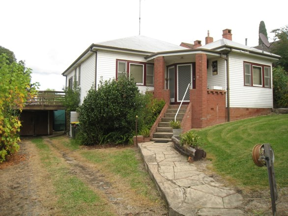 Picture of 2 Belmore St, Bega