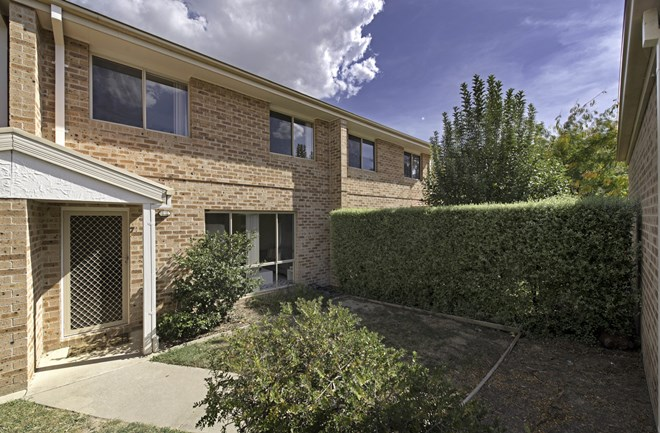 Picture of 71/42 Paul Coe Crescent, Ngunnawal