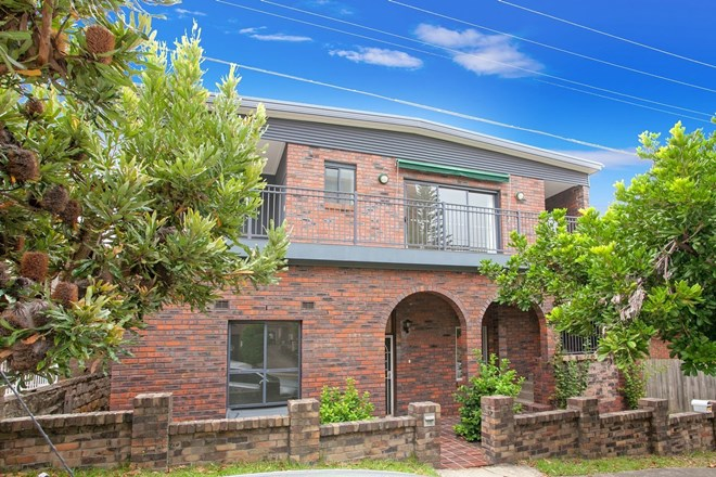 Picture of 2/12 Laurence Street, Fairlight