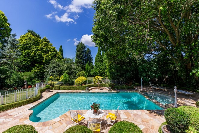 Picture of 273 Mona Vale  Road, St Ives