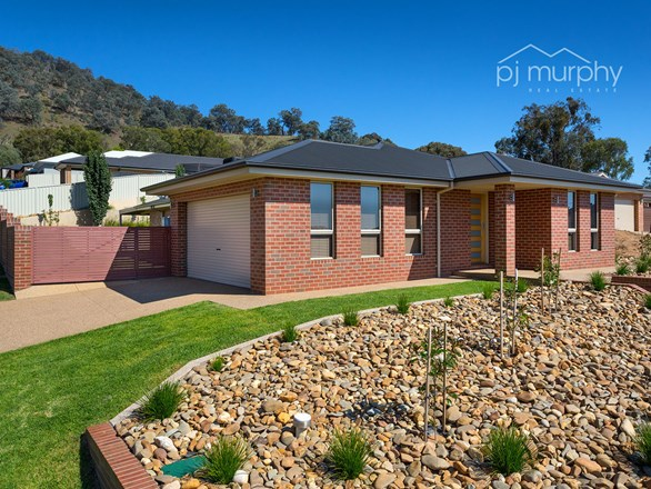 Picture of 39 Brewer Drive, Wodonga