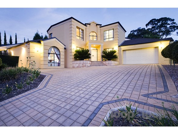Picture of 9 Gloucestershire Avenue, Golden Grove
