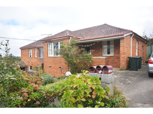 Picture of 1, 2 and 3/1 Miles Avenue, Katoomba