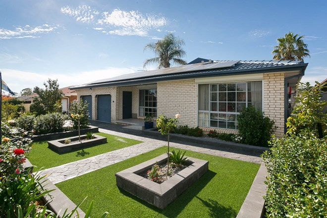 Picture of 15 Marril Street, Queanbeyan West