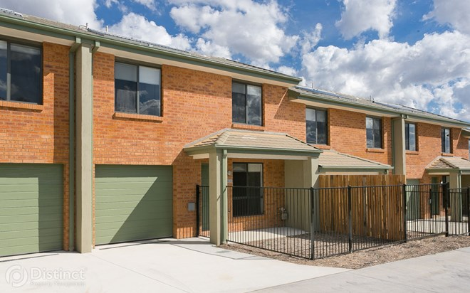 Picture of 13/41 Lawrenson Circuit, Jacka