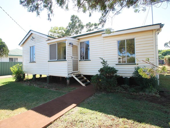 Picture of 19 Phyllis Street, Harristown
