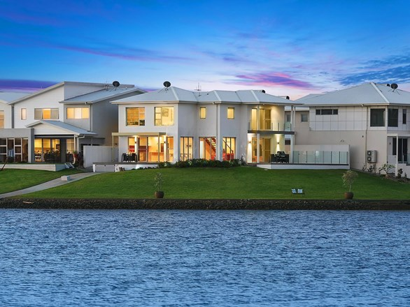 Picture of 4/84 The Anchorage, Port Macquarie