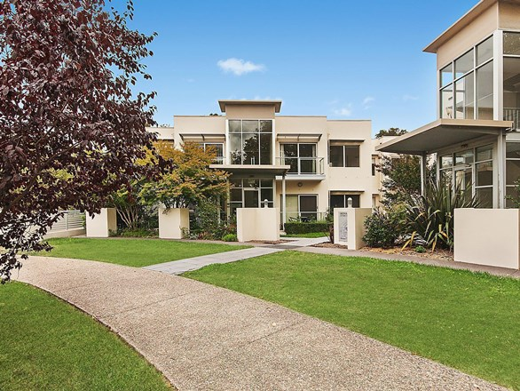 Picture of 8/15 Fox Place, Lyneham