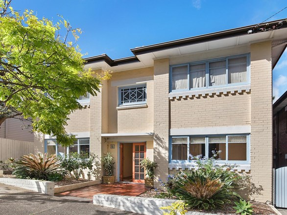 Picture of 2/4 Quinton Road, Manly