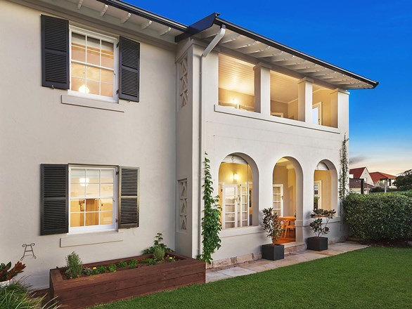 Picture of 4 Oyama Avenue, Manly