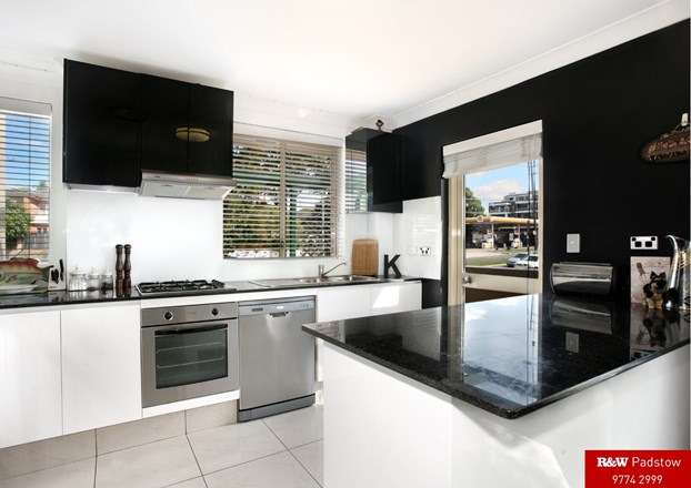 Picture of 4/878-882 King Georges Road, South Hurstville