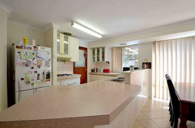 Picture of 8 Oriole Way, Thornlie