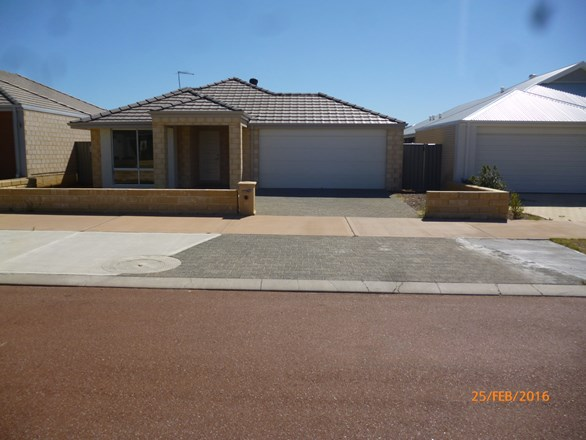 Picture of 12 Sheehan Way, Byford