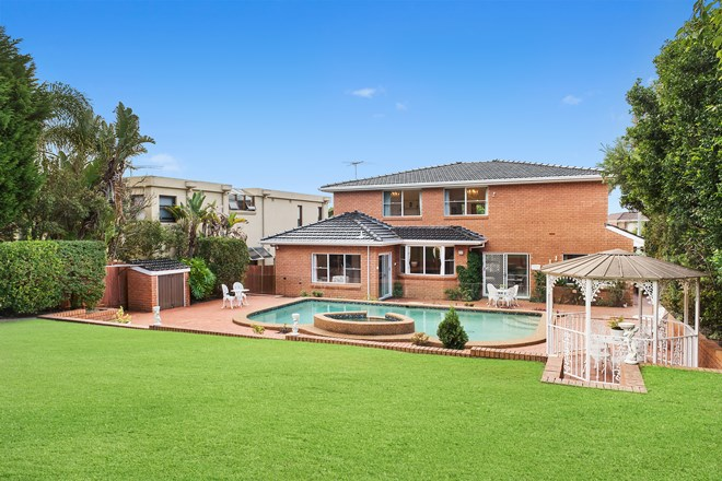 Picture of 8 Serpentine Parade, Vaucluse