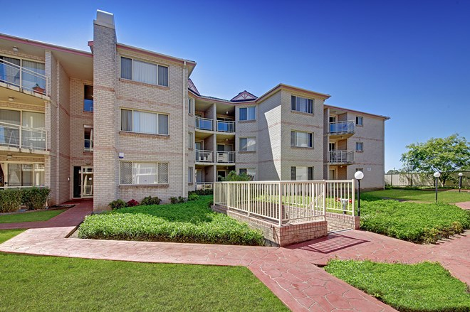 Picture of 14/1 Hillview Street, Roselands