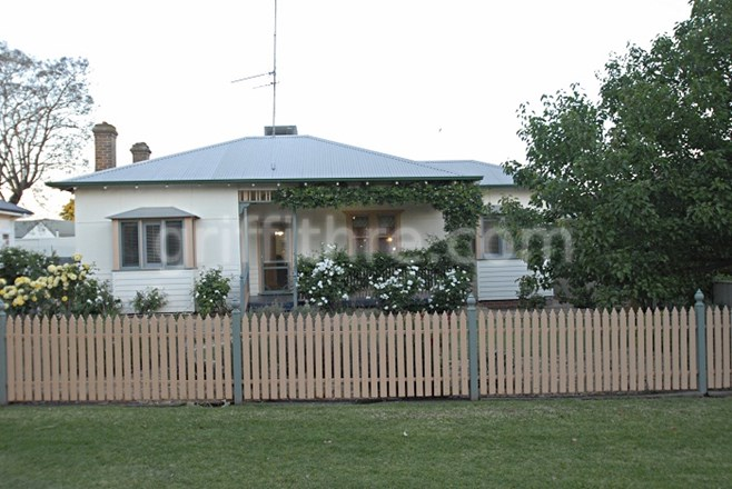 Picture of 17 Palla Street, Griffith