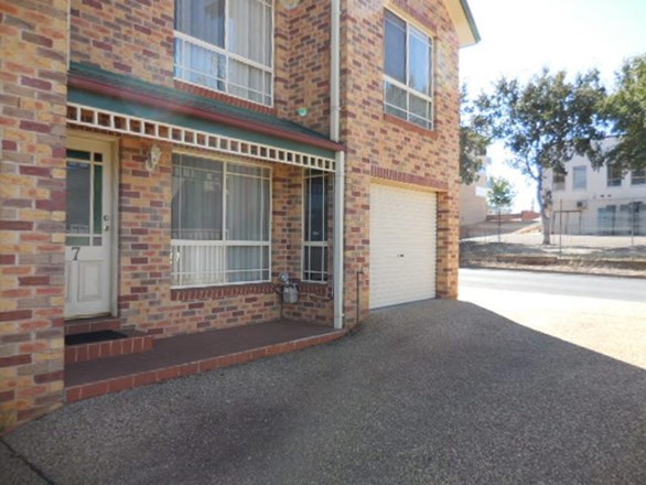 Picture of 7/185 Yambil Street, Griffith