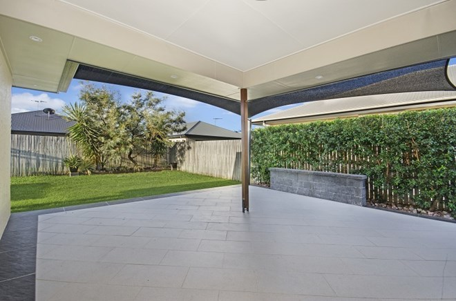 Picture of 5 Boult Court, Burdell