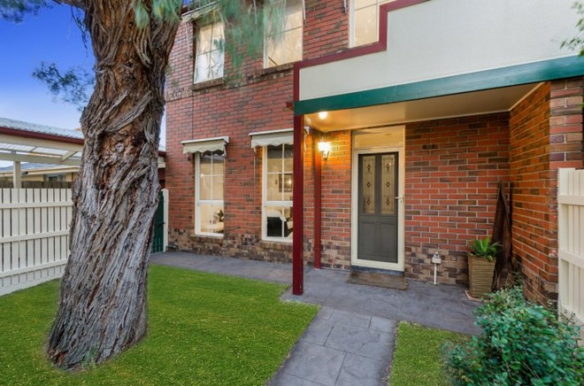 Picture of 1/2-4 Olive Grove, Parkdale