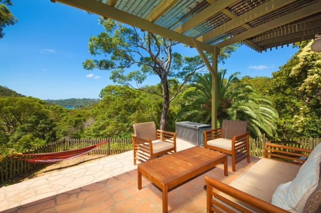 Picture of 70 Sugarloaf Crescent, Castlecrag