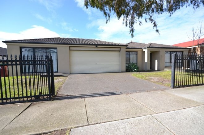 Picture of 29 Langbourne Drive, Narre Warren South