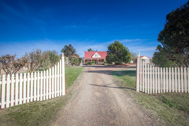 Picture of 266 Redhill Road, Kyneton