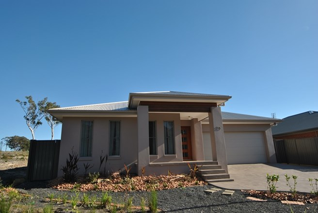 Picture of 28 Belay Drive, Vincentia