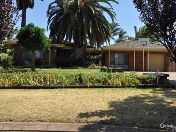 Picture of 33 Chifley Drive, Dubbo