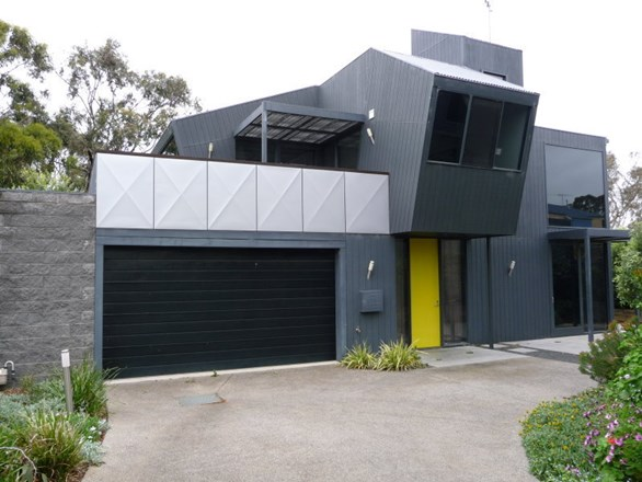 Picture of 3/59 Beach Road, Torquay