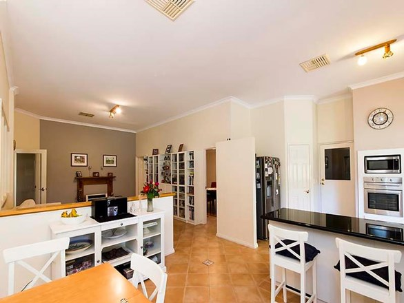 Picture of 8 The Cove, Ballajura