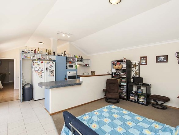 Picture of 11 Trigger Plant Avenue, Ellenbrook