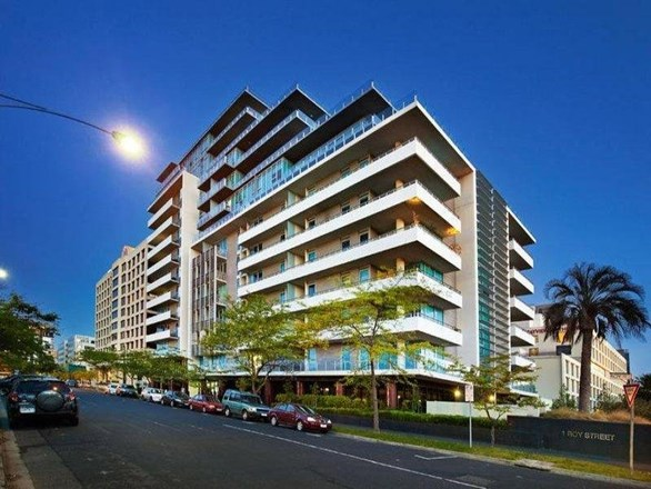 Picture of 106/1 Roy st, Melbourne 3004