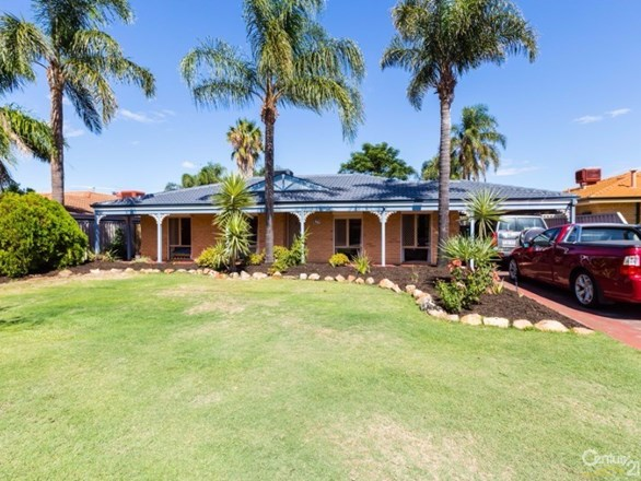 Picture of 42 Forest Lakes Drive, Thornlie
