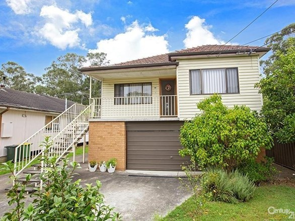 Picture of 46 Waterside Crescent, Carramar