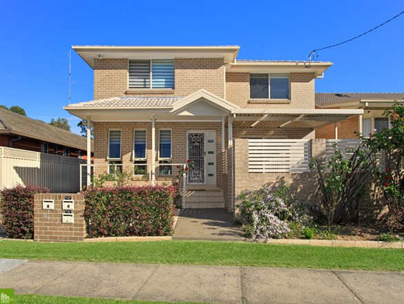 Picture of 1/19 Elliotts Road, Fairy Meadow