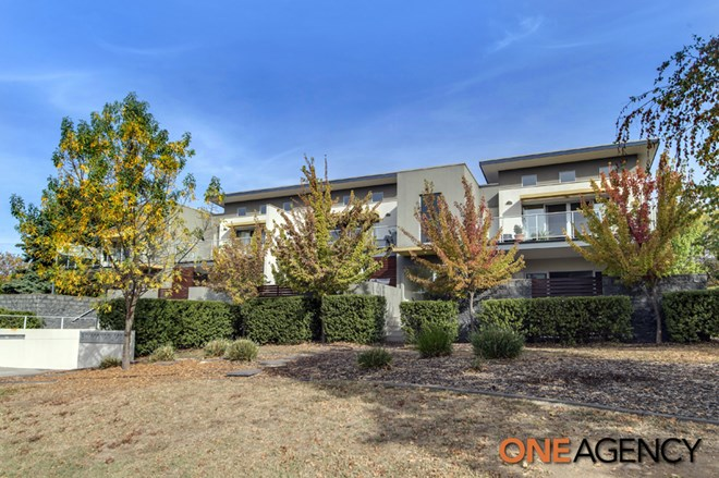 Picture of 1/3 Taroona Place, Lyons