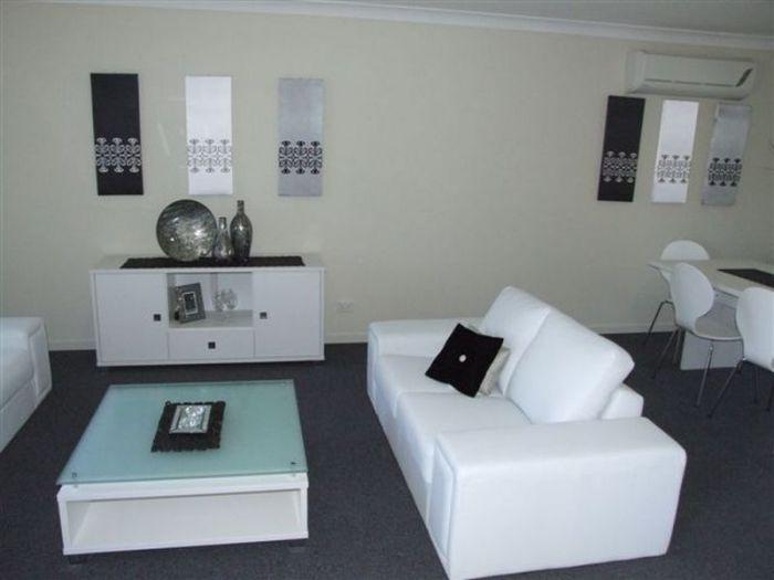 8 Macbride Court, Collingwood Park QLD 4301, Image 2