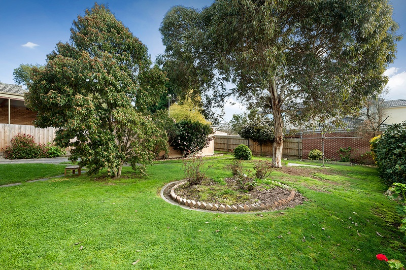 Sold 2 Cherry Orchard Rise Box Hill North Vic 3129 On 28